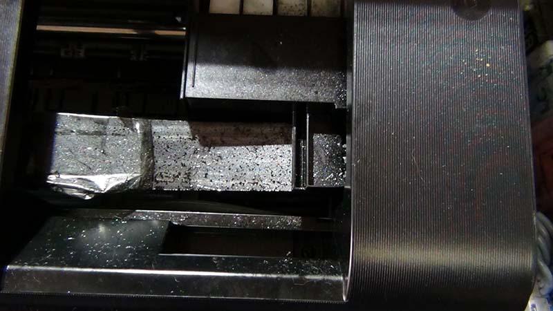 Грязь внутри струйного принтера